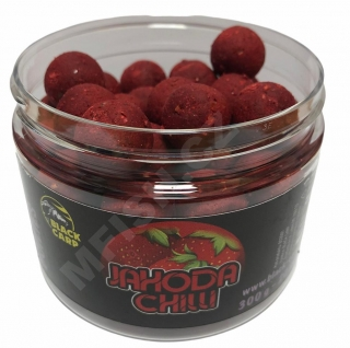BLACK CARP Boilies Jahoda Chilli 300g 20mm